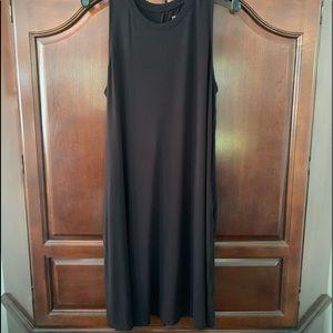 BNWOT sleeveless black casual dress💁♀️